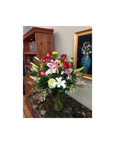 Blooming Stargazers Flower Arrangement