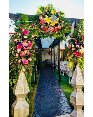 Quick View Isle Decor Wedding Arrangement