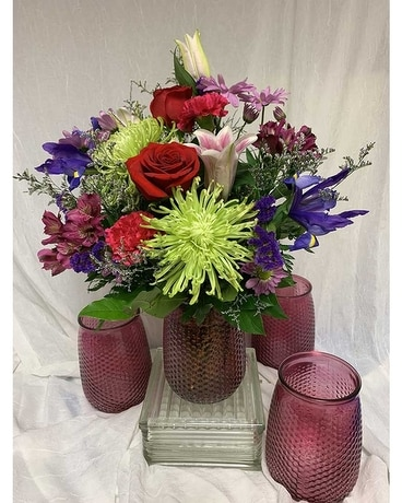Loving Mom Flower Arrangement