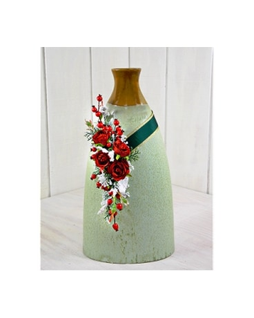 Decorative Vase With Artificial In Pendleton In The Flower Cart