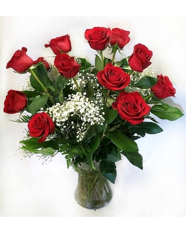 Affairs to Remember's Dozen Roses Flower Arrangement