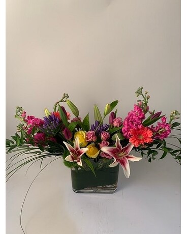 Seasonal Garden Mix Flower Arrangement