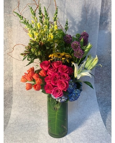 Luxury Upright Garden Flower Arrangement