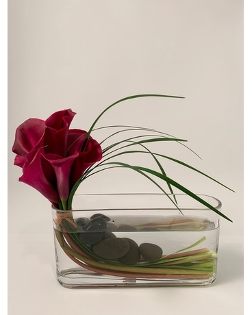 Simply Callas Flower Arrangement