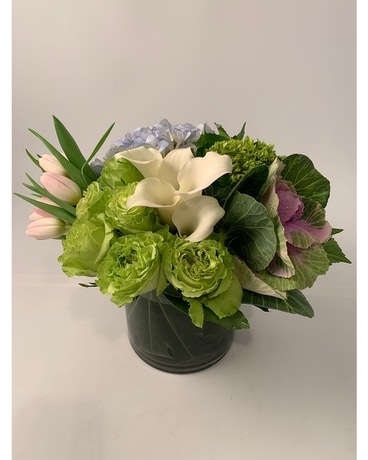 City Chic Pastel Flower Arrangement