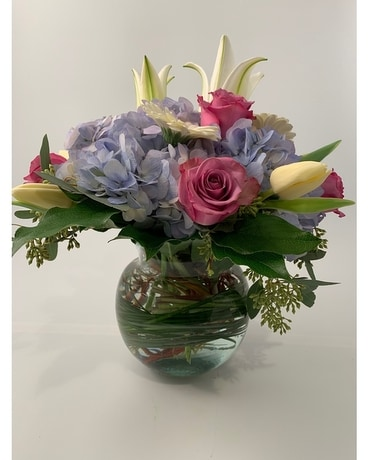 Classic Bubble Pastel Flower Arrangement