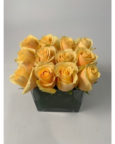 Rose Square - Yellow Flower Arrangement