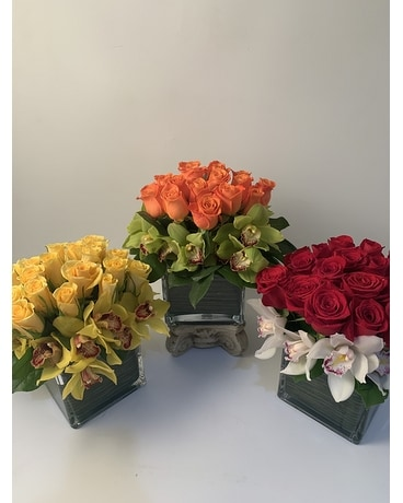 Mother's Day Colorful Chic Flower Arrangement