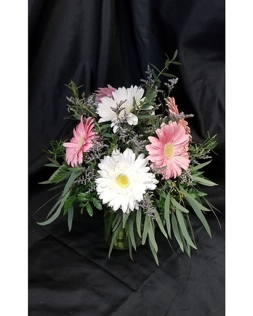Cute Gerberas Flower Arrangement