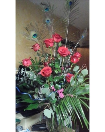 Peacock Feather Roses Flower Arrangement