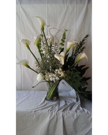 Calla Lily Arrangement Flower Arrangement
