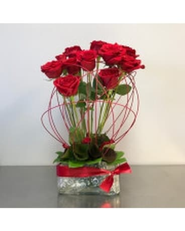 Stunning & Memorable Roses Flower Arrangement