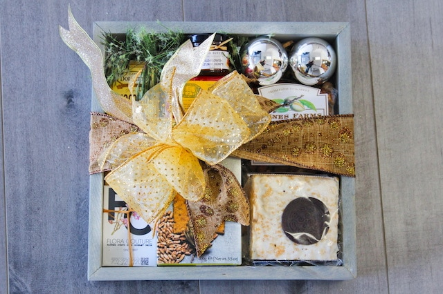 Holiday Gift Crate - Petite Gift Basket
