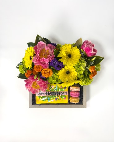 Mother's Day Bloom Box - Grand Flower Arrangement