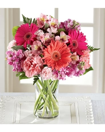 THE FTD® BLUSHING BEAUTY™ BOUQUET Flower Arrangement