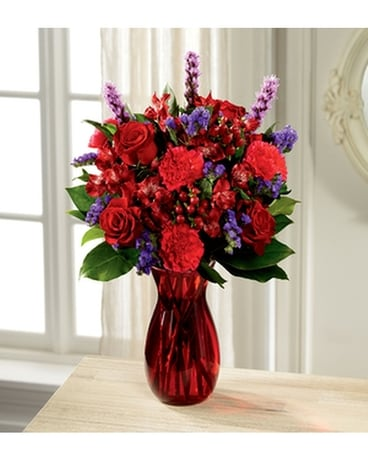 THE FTD® LOVE IS GRAND™ BOUQUET Flower Arrangement