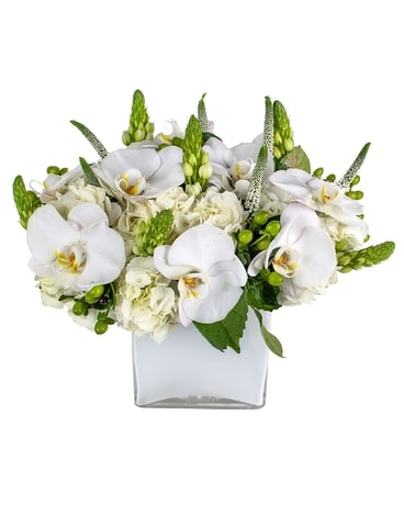 The White Bouquet Flower Arrangement