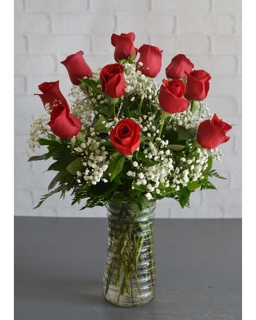 One Dozen Grand Red Roses Flower Arrangement