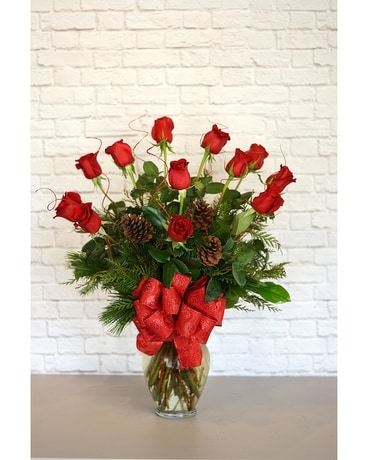 Christmas Deluxe Dozen Red Roses Flower Arrangement
