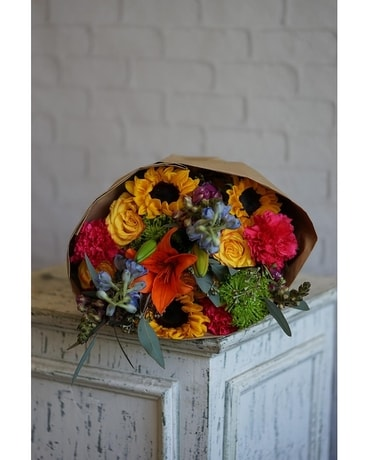 Boho Bolds Flower Arrangement