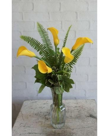 Friendship yellow callas jennies flowers friendship yellow callas flower arrangement mightylinksfo