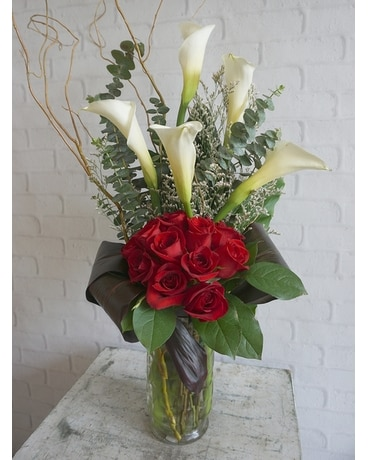 ALLURE Flower Arrangement