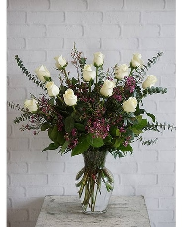 One Dozen Ultimate White Roses Flower Arrangement