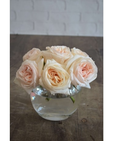 Rosey Flower Arrangement