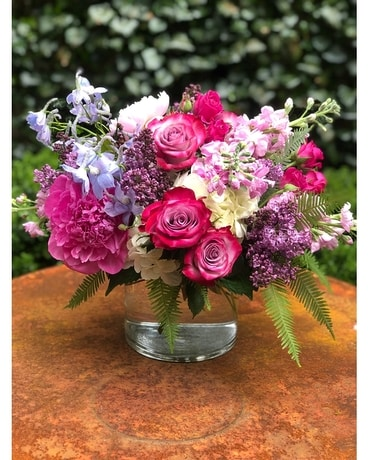 Luxe Pinks Flower Arrangement