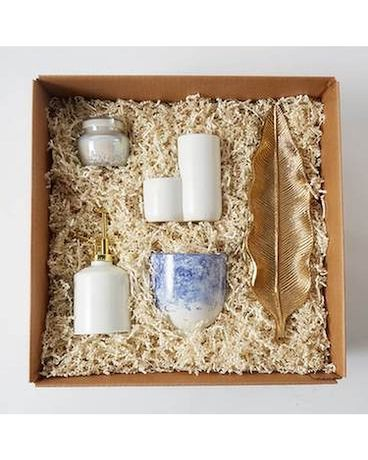 Spruce Up Your Workspace Gift Box Gifts