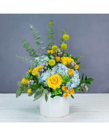 Golden Eye Flower Arrangement