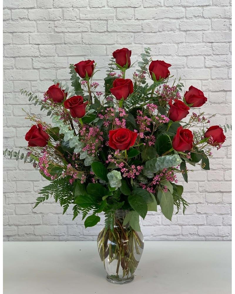 Wedding Flowers Omaha Ne: One Dozen Ultimate Red Roses