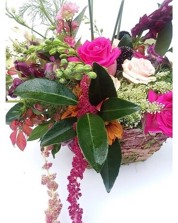 Romantic Fall Flower Arrangement