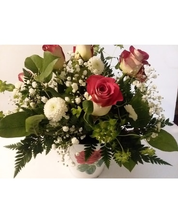 Rose Garden Flower Arrangement