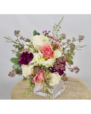 Charming Cube Flower Arrangement
