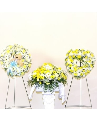 Heartfelt Sympathy Collection Flower Arrangement