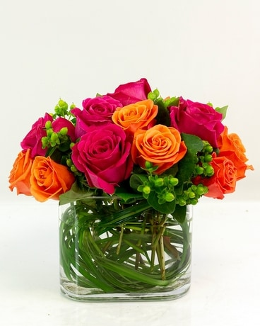 Bright & Rosy Flower Arrangement