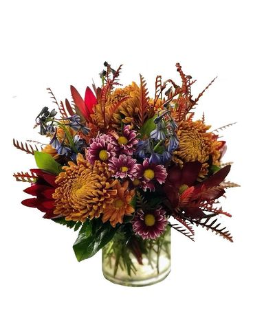 Snowy's Fall Special Flower Arrangement