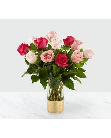 Love & Roses™ Bouquet Flower Arrangement