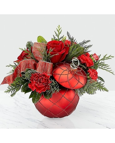 FTD Christmas Magic Bouquet Flower Arrangement