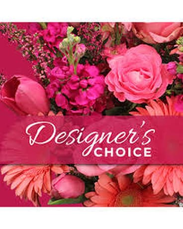 Loose & Airy Designer's Choice Flower Arrangement