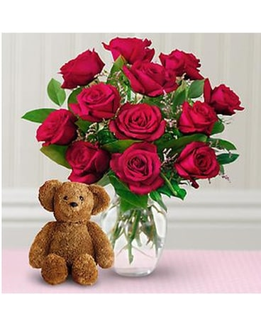 Dozen Roses with a Bear Flower Arrangement