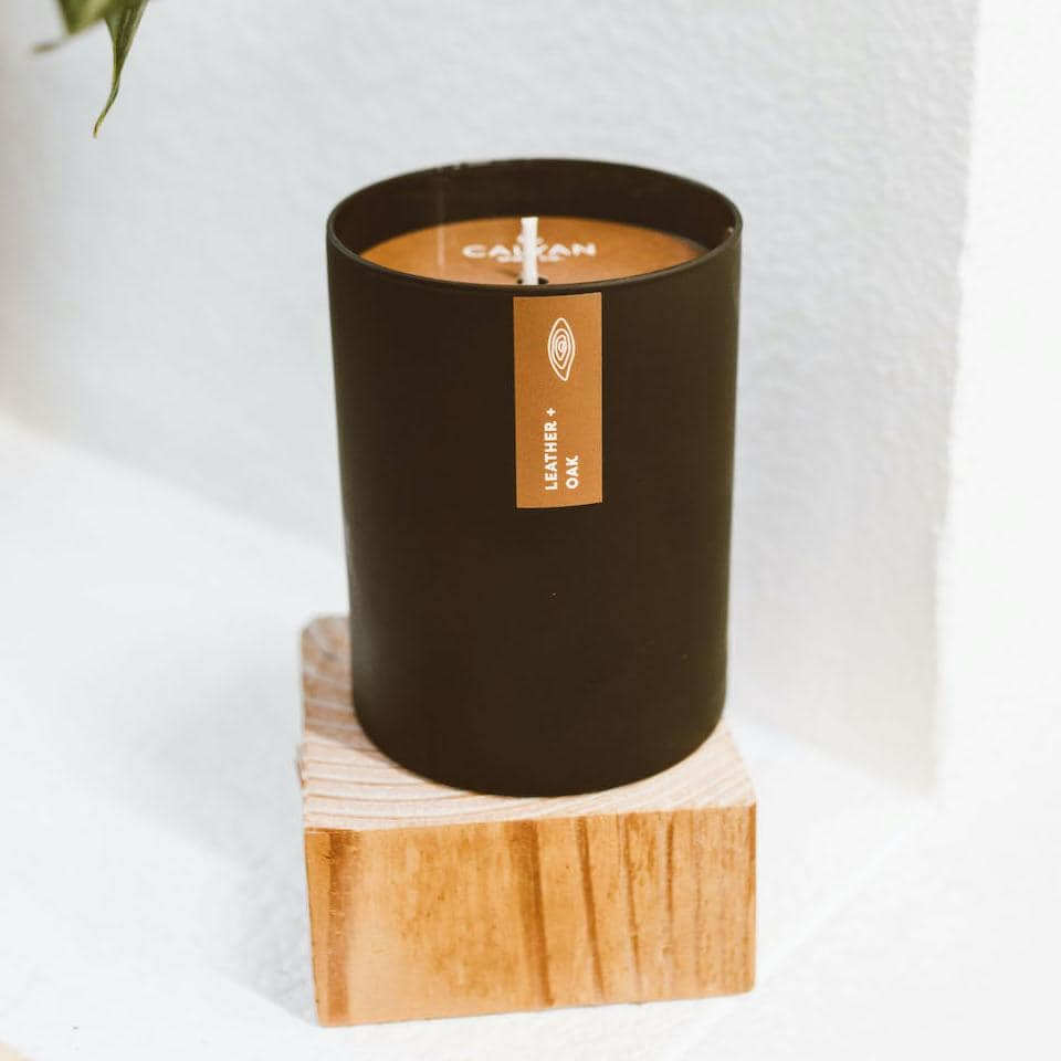 Seasonal Calyan Candle