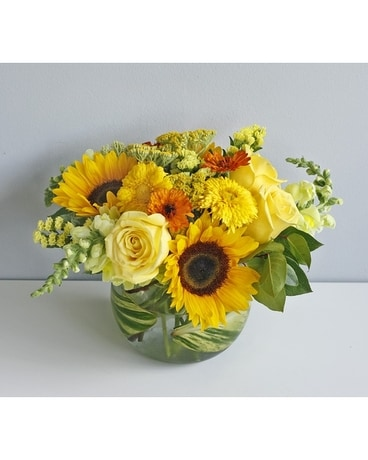 Golden Sun Flower Arrangement