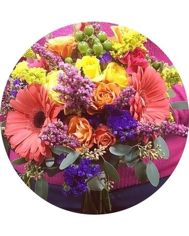 Color Wheel Bouquet In Allentown Pa Phoebe Floral Shop Greenhouse