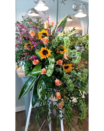 Summer Breeze Funeral Arrangement