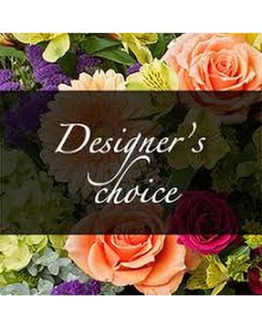 DESIGNER'S CHOICE BOUQUE Flower Arrangement
