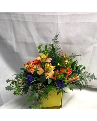 Mixed Flower Cubie Flower Arrangement