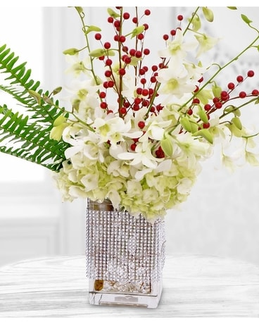 Payne's Winter Whites Flower Arrangement