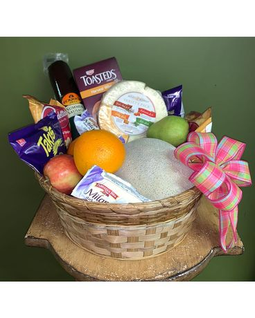 Gourmet Snack Basket Large Basket Arrangement